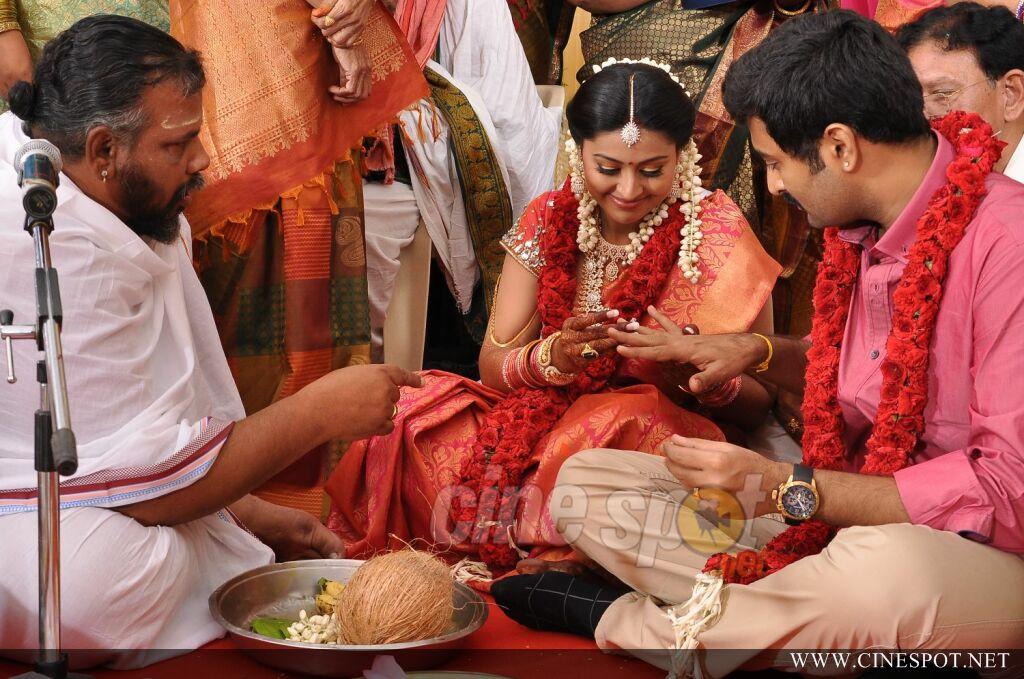 Sneha Marriage Wedding Photos Sneha Wedding Reception
